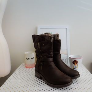 Brown Faux Leather Buckle Sweater Bootie 10.5 wide